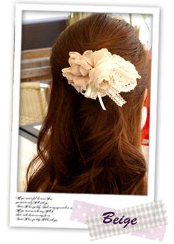 結婚式の髪型、パーティーヘアアレンジが簡単にできるヘアクリップ