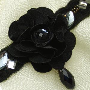 ふわふわお花のネックレス